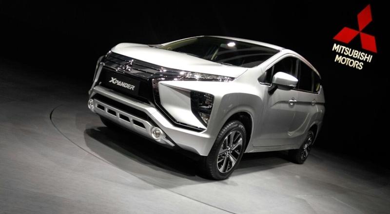 Mitsubishi dan Honda Perkenalkan Mobil Edisi Khusus Di IIMS