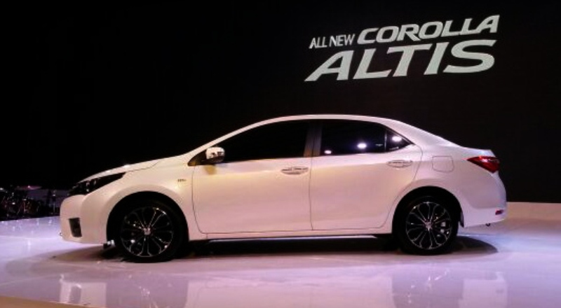 Ulasan Toyota Corolla Tampilan Baru Yang Berani Hadir Dengan Kenaikan Harga